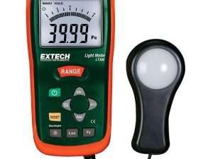 Luxómetro o medidor de luz marca Extech LT 300