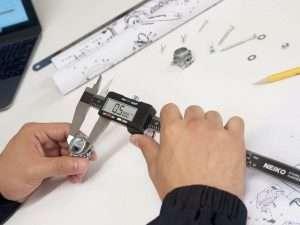 Calibrador pie de rey digital de acero inoxidable marca NEIKO