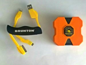 Cargador para celular marca Brunton