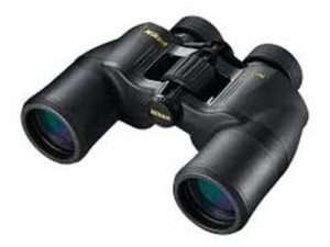 Binoculares Nikon Aculon 8 x 42 A 211